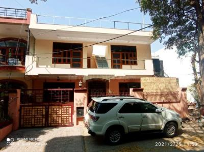 Gallery Cover Image of 1100 Sq.ft 2 BHK Villa for rent in Sector 6 for 17000
