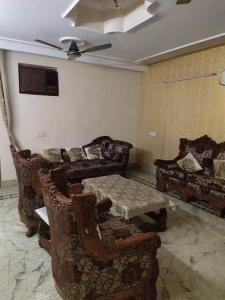 Gallery Cover Image of 1000 Sq.ft 2 BHK Independent Floor for rent in Malka Ganj for 27000