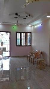 Gallery Cover Image of 1200 Sq.ft 2 BHK Independent House for rent in Pozhichalur for 19000
