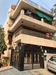 Gallery Cover Image of 1400 Sq.ft 3 BHK Independent House for rent in Sector 27 for 22000