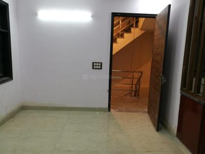 Gallery Cover Image of 650 Sq.ft 1 BHK Independent Floor for rent in Chhattarpur for 9500