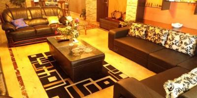 Gallery Cover Image of 4800 Sq.ft 6 BHK Apartment for buy in Chandmari for 35000000