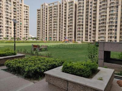 Gallery Cover Image of 1800 Sq.ft 3 BHK Apartment for rent in Sector 33 for 44000