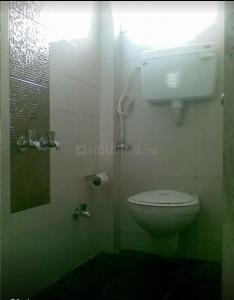 Bathroom Image of Diwakar PG in Sheikh Sarai