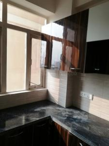 Gallery Cover Image of 1000 Sq.ft 3 BHK Apartment for rent in Sector 82 for 12000