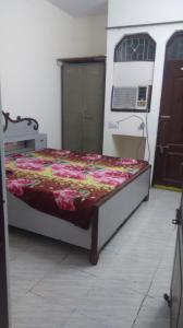 Gallery Cover Image of 350 Sq.ft 1 RK Apartment for rent in Sector 28 for 12000