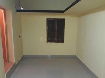 Gallery Cover Image of 750 Sq.ft 2 BHK Independent House for rent in Redhills for 10000