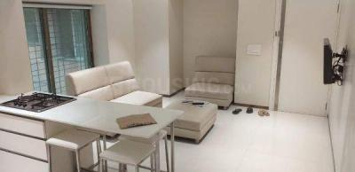 Gallery Cover Image of 650 Sq.ft 1 BHK Apartment for rent in Sion for 45000