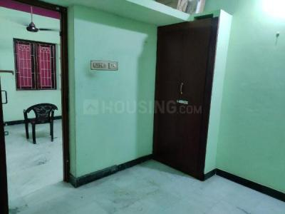 Gallery Cover Image of 600 Sq.ft 2 BHK Independent House for rent in Ramapuram for 8500