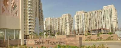 Gallery Cover Image of 1983 Sq.ft 3 BHK Apartment for rent in DLF Park Place, Sector 54 for 90000