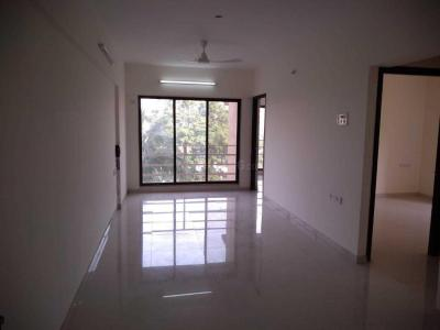 Gallery Cover Image of 744 Sq.ft 2 BHK Apartment for buy in Andheri West for 22500000