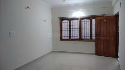 Gallery Cover Image of 1300 Sq.ft 2 BHK Apartment for rent in Lingarajapuram for 25000