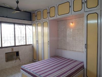 Gallery Cover Image of 595 Sq.ft 1 BHK Apartment for rent in Shiv Dham, Malad West for 25000