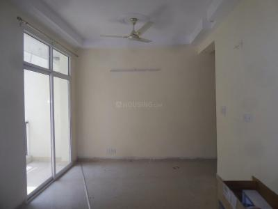 Gallery Cover Image of 1045 Sq.ft 2.5 BHK Apartment for rent in Mahagunpuram for 7500