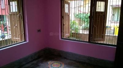 Gallery Cover Image of 700 Sq.ft 2 BHK Independent Floor for rent in Rajarhat for 6000