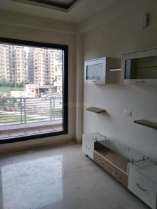 Gallery Cover Image of 1900 Sq.ft 3 BHK Independent Floor for rent in Unitech Fresco, Sector 50 for 31000