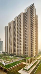 Building Image of 2659 Sq.ft 4 BHK Apartment for buy in Cleo County, Sector 121 for 23674950