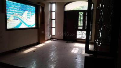Gallery Cover Image of 1200 Sq.ft 3 BHK Apartment for buy in Paschim Vihar for 14500000