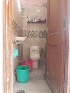 Bathroom Image of Ahuja PG in Govindpuri