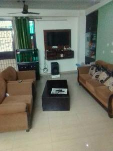 Gallery Cover Image of 1800 Sq.ft 3 BHK Apartment for rent in Sector 53 for 30000