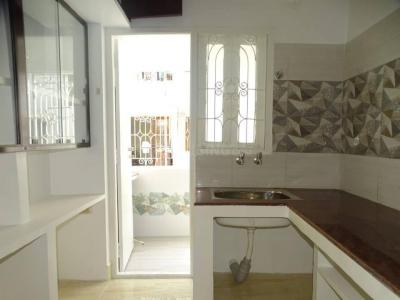 Gallery Cover Image of 1100 Sq.ft 2 BHK Apartment for buy in Anna Nagar for 10500000