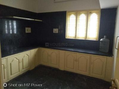 Gallery Cover Image of 2000 Sq.ft 3 BHK Apartment for rent in Hebbal Kempapura for 24000