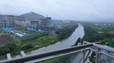 Gallery Cover Image of 1750 Sq.ft 3 BHK Apartment for buy in Paranjape Blue Ridge , Hinjewadi for 12500000