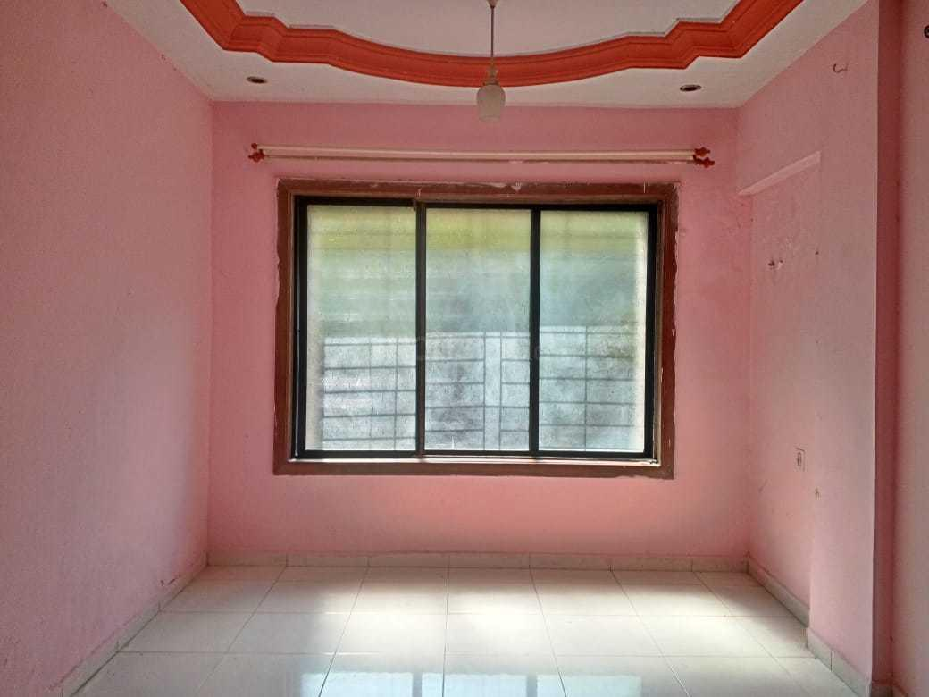 Living Room Image of 635 Sq.ft 1 BHK Apartment for rent in Mira Road East for 12200
