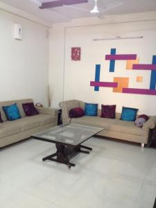 Gallery Cover Image of 2406 Sq.ft 3 BHK Apartment for rent in Sandesh Shompole, Thaltej for 60000