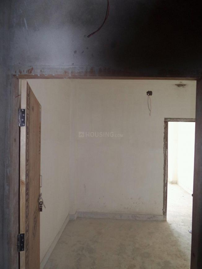 Main Entrance Image of 750 Sq.ft 2 BHK Apartment for buy in Agarpara for 1650000