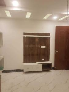 Gallery Cover Image of 580 Sq.ft 2 BHK Independent Floor for buy in Jas Apartment, Mahavir Enclave for 3800000
