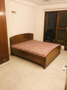 Gallery Cover Image of 2400 Sq.ft 3 BHK Independent Floor for rent in Mehrauli for 50000