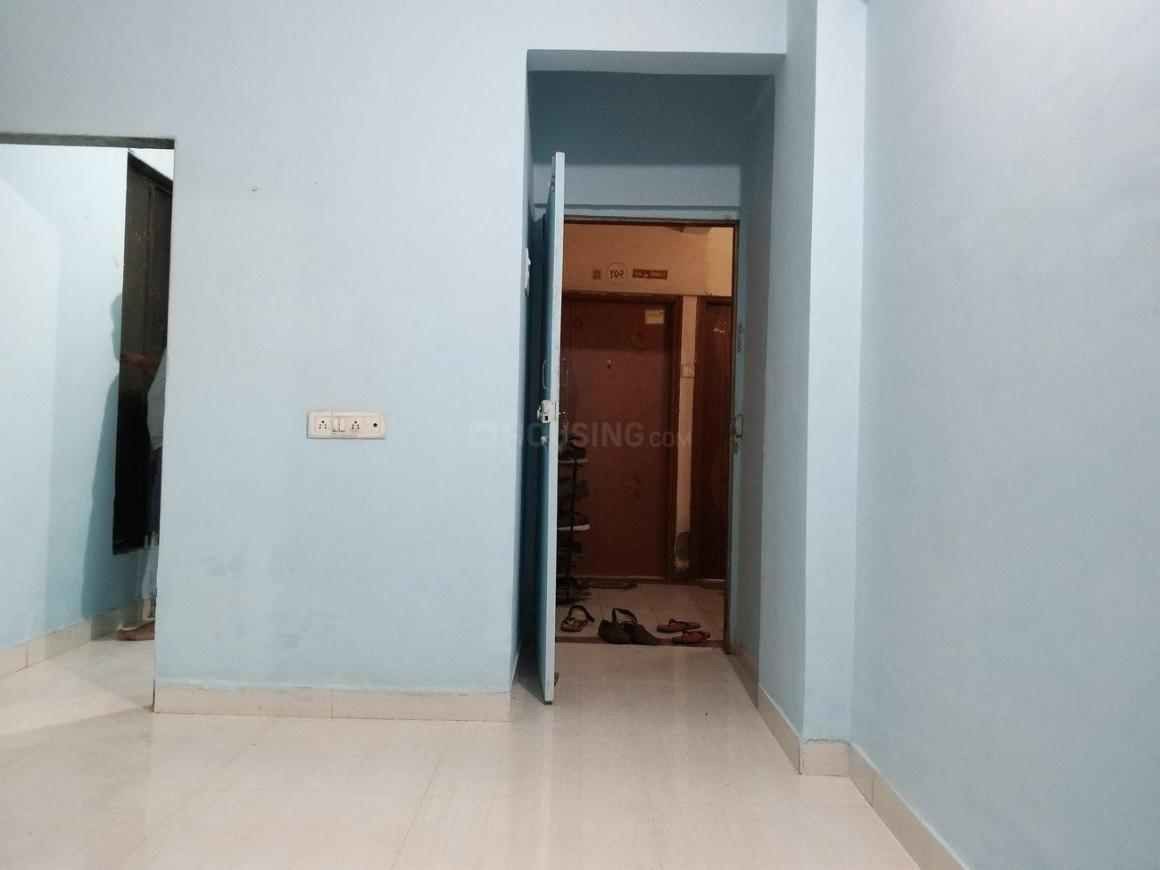 Living Room Image of 450 Sq.ft 1 BHK Apartment for rent in Airoli for 14000