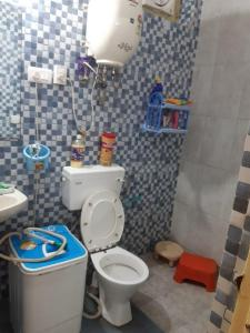 Gallery Cover Image of 200 Sq.ft 1 R Apartment for rent in Shipra Suncity for 10000
