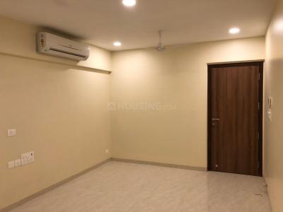 Gallery Cover Image of 950 Sq.ft 2 BHK Apartment for rent in Kanakia Hollywood, Andheri West for 70000