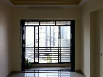 Gallery Cover Image of 635 Sq.ft 1 BHK Apartment for buy in Romell Empress, Borivali West for 9500000