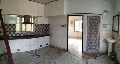 Gallery Cover Image of 550 Sq.ft 1 BHK Apartment for rent in Purba Putiary for 7500