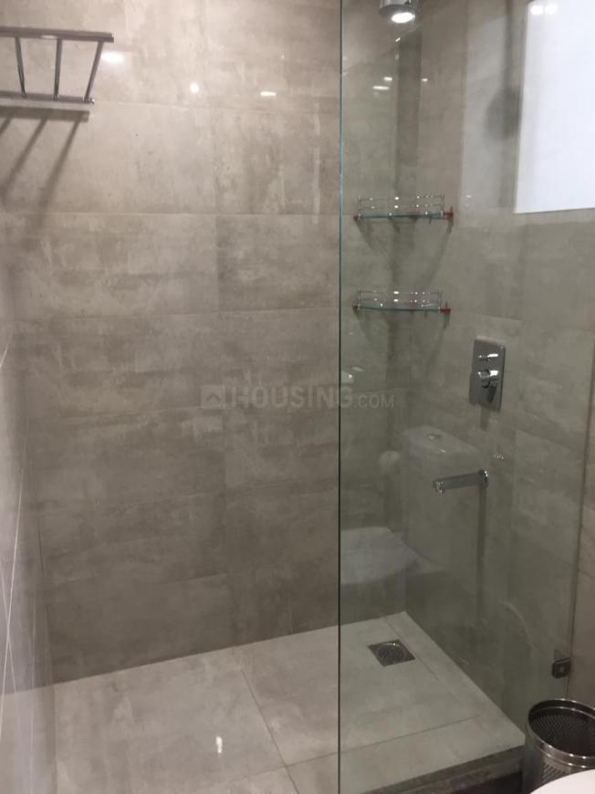 Bathroom Image of 627 Sq.ft Studio Apartment for buy in Gomti Nagar for 6200000