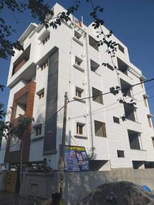 Gallery Cover Image of 2219 Sq.ft 3 BHK Independent Floor for buy in RR Nagar for 13500000