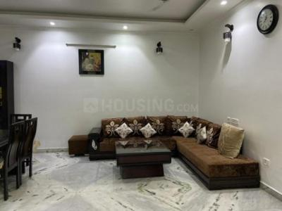 Gallery Cover Image of 3650 Sq.ft 3 BHK Apartment for rent in Omega II Greater Noida for 27000