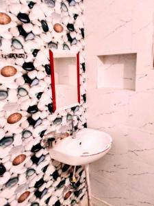 Common Bathroom Image of Girls PG In Laxmi Nager in Laxmi Nagar