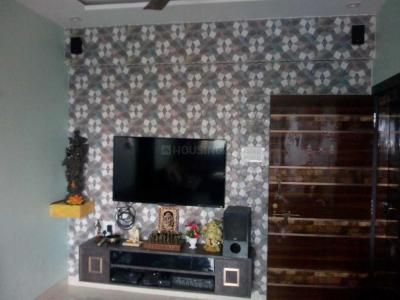 Gallery Cover Image of 800 Sq.ft 2 BHK Apartment for rent in Mahim for 70000