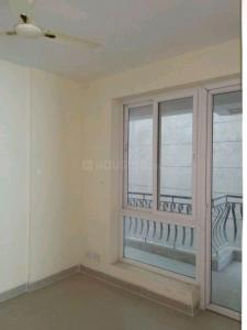 Gallery Cover Image of 1552 Sq.ft 3 BHK Apartment for rent in Karmic Greens, Sector 78 for 18624
