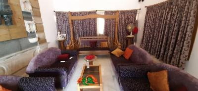 Gallery Cover Image of 7500 Sq.ft 5 BHK Independent House for rent in Hari Nagar for 90000