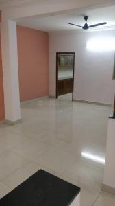 Gallery Cover Image of 2500 Sq.ft 4 BHK Apartment for rent in Raheja Villa, Adyar for 65000