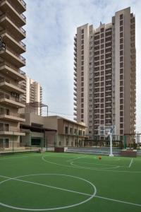 Gallery Cover Image of 1689 Sq.ft 3 BHK Apartment for buy in Adani M2K Oyster Grande, Sector 102 for 11200000
