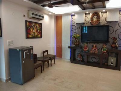 Gallery Cover Image of 1400 Sq.ft 3 BHK Apartment for buy in Rajouri Garden for 12500000