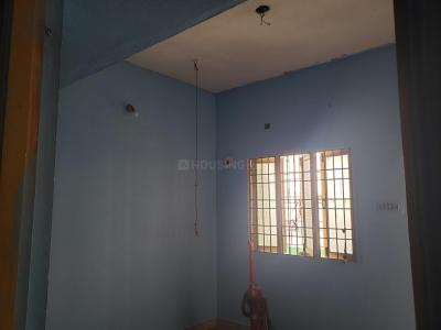 Gallery Cover Image of 1000 Sq.ft 2 BHK Apartment for rent in Medavakkam for 10000