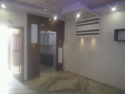 Gallery Cover Image of 1000 Sq.ft 3 BHK Independent Floor for buy in Shahdara for 6400000