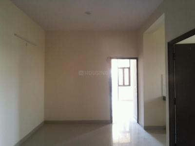 Gallery Cover Image of 960 Sq.ft 2 BHK Apartment for buy in Noida Extension for 2300000